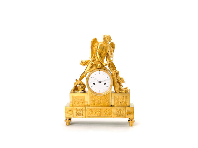 An early 19th century figural ormolu clock à Paris