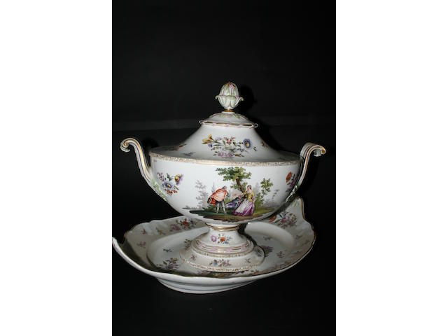 A large Meissen tureen, cover and stand