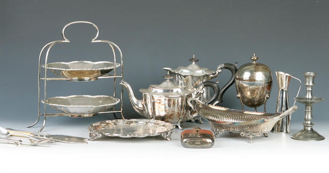 A quantity of plated ware