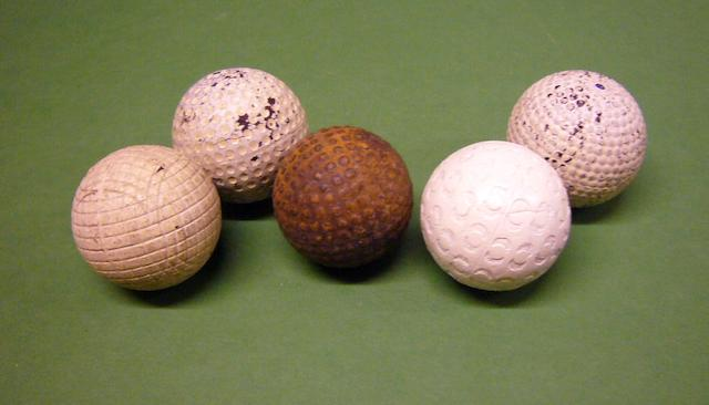 An unlisted Halley's Ball with round dimples circa 1920s