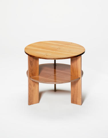 Gerald Summers, a circular table