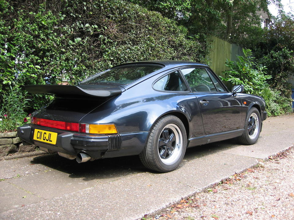 1986 Porsche 911 Carrera Coupé  Chassis no. WPOZZZ91ZKS100744 Engine no. 63HO11B2