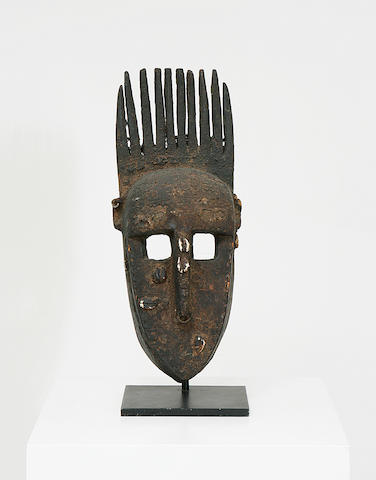 A wood tribal mask