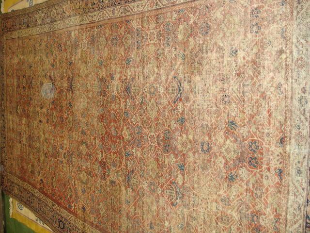 A Feraghan khelleh West Persia, 378cm x 205cm