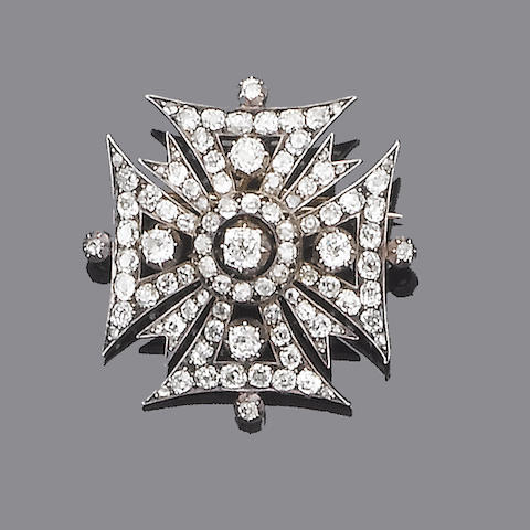 A mid 19th century diamond cross brooch/pendant,