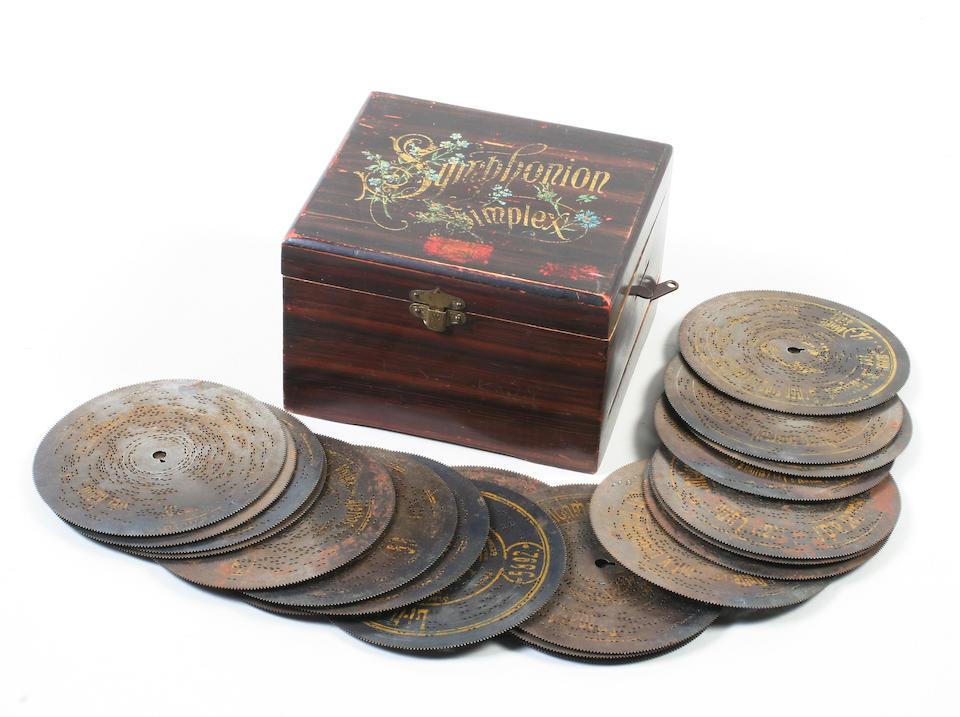 A Symphonion Symplex disc musical box