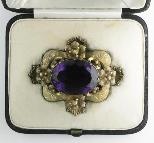 A Victorian amethyst brooch