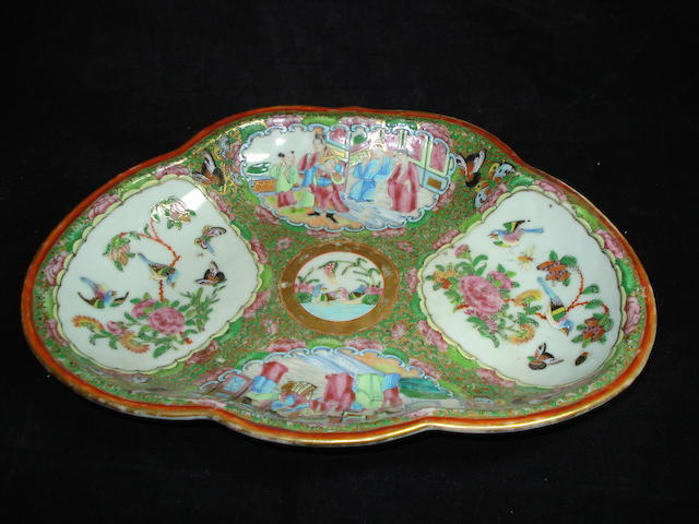A Chinese Canton famille rose dish, 19th Century