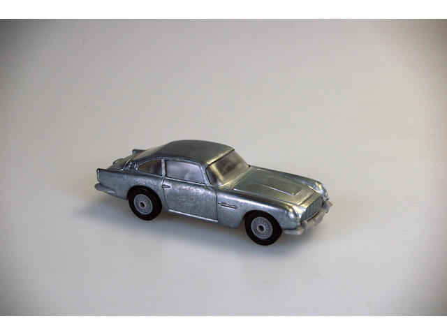 Prototype James Bond Aston Martin DB5 1st Shots