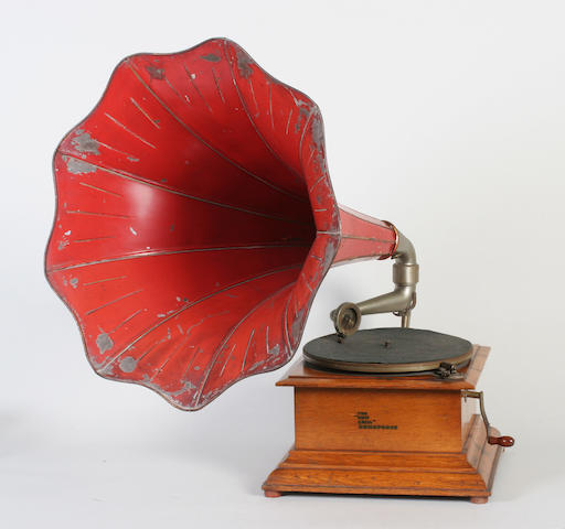 An oak cased table top horn gramophone 'The New Cecil Zonophone'