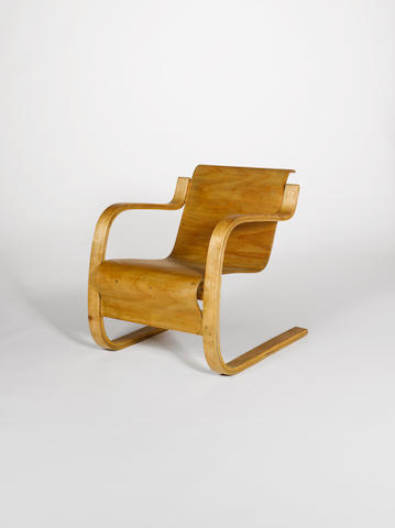 Alvar Aalto for Finmar, a '31' chair, designed 1932 bent laminated birch cantilevered structure