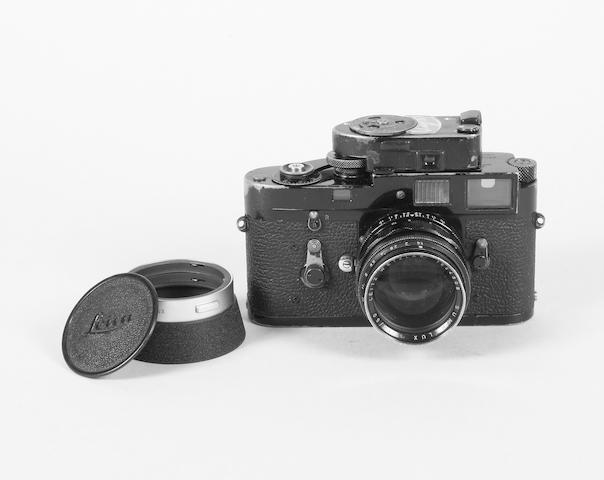 Leica M2 camera black-paint