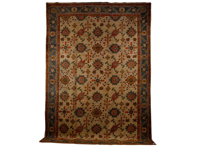 An Ushak carpet West Anatolia, 20 ft 7 in x 14 ft 2 in (628 x 432 cm) good condition throughout