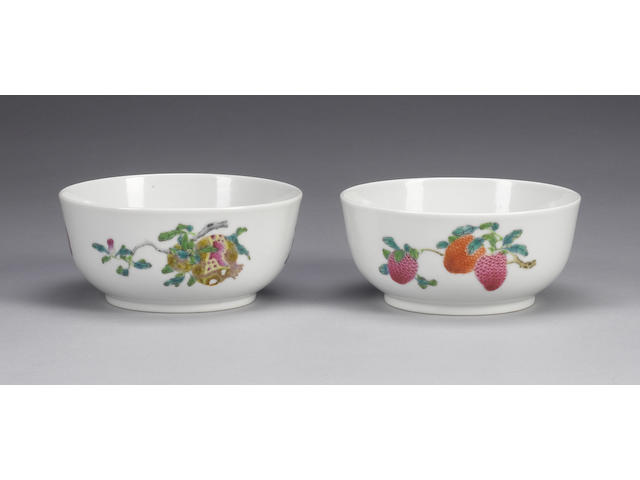 A pair of famille rose bowls Daoguang six-character marks