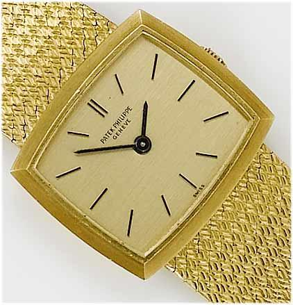 Patek Philippe. A lady's 18ct gold bracelet watch  1970's, Mov. No:999270, Case No:2689079, Ref. No:3352