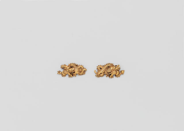 A pair of Goto school gold menuki Edo Period, 17th/18th century