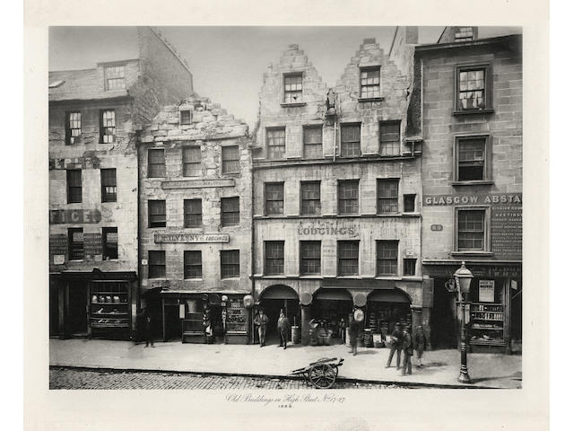 GLASGOW, PHOTOGRAPHY [ANNAN (THOMAS)] Old Closes and streets of Glasgow. A Series of Photogravures 1