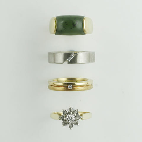 Four assorted rings, (4)
