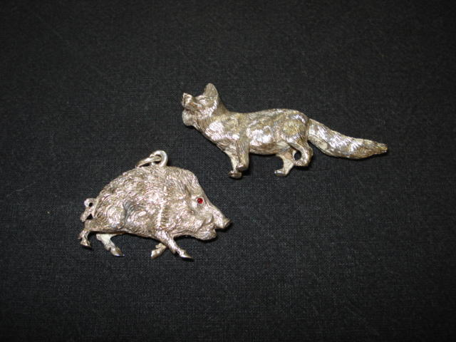 An Austrian silver model of a wild boar bearing control marks  (2)