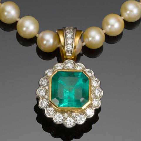 An emerald, diamond and cultured pearl necklace, earring and ring suite
