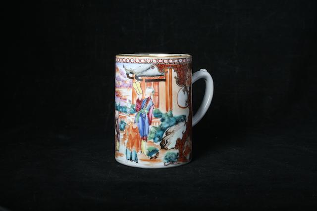 A Chinese export famille rose mug, 19th Century