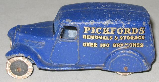 Dinky (pre-war) 28b 2nd type Pickfords van