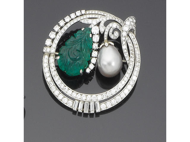 An emerald, cultured pearl and diamond brooch
