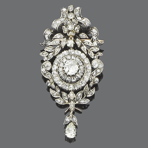 A late 19th century diamond brooch/pendant,