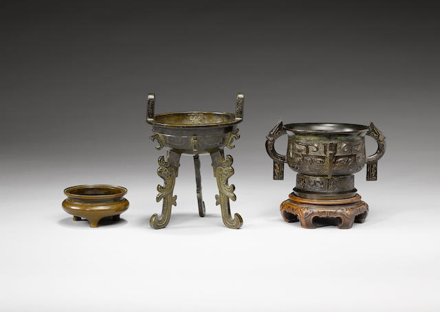 Three bronze archaistic vessels 17th/18th century