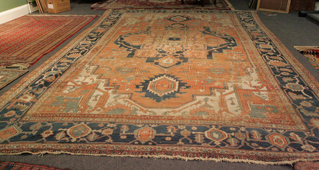 A large oriental carpet 345cm x 545cm