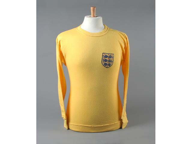 Gordon Banks match worn 1970 World Cup shirt