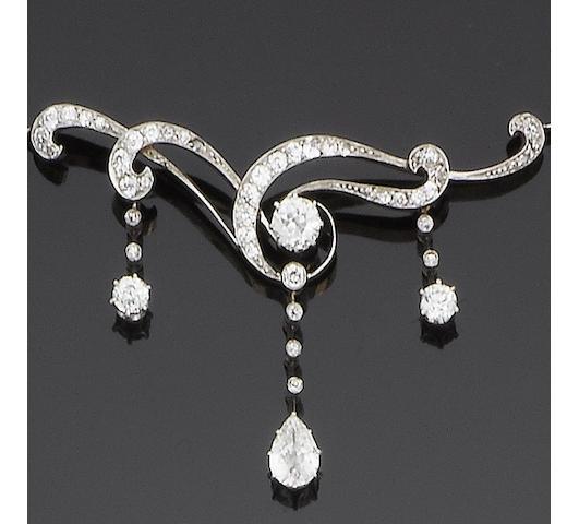 A diamond necklace, circa 1900