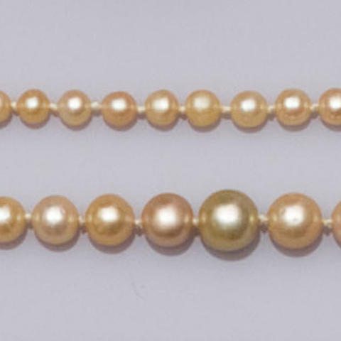 A single row graduated natural pearl necklace