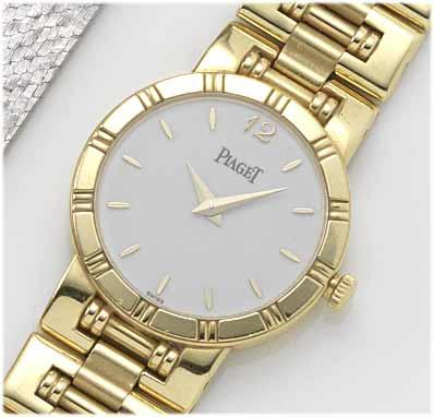 Piaget. A lady's 18ct gold bracelet watch with fitted presentation box 1990's