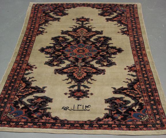 A Sarouk rug West Persia, 147cm x 100cm