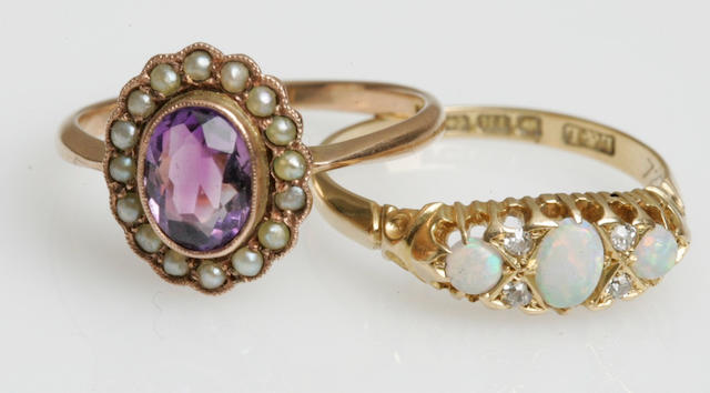 An early 20th century opal and diamond ring (2)