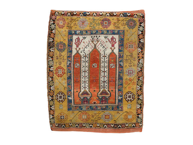 A Konya prayer rug Central Anatolia, 5 ft 3 in x 4 ft 2 in (160 x 127 cm)