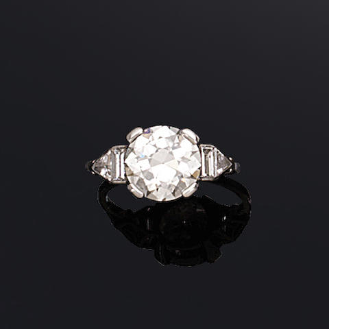 An art deco diamond single-stone ring,