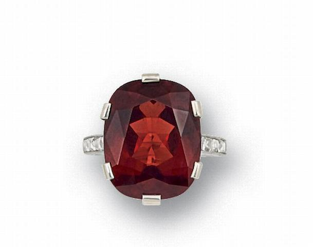 A spinel and diamond ring, by Tiffany & Co., circa 1940