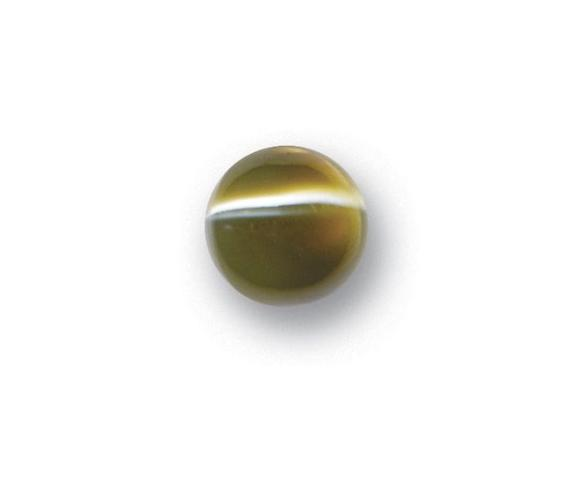 An unmounted cat's eye chrysoberyl