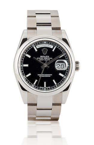 Rolex. A very fine 18ct white gold calendar wristwatch Oyster Perpetual Day Date, Ref : 118209, Serial : Z247577, Circa 2007