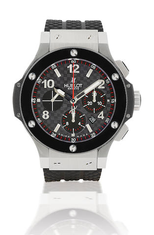 Hublot. A fine stainless steel and ceramic automatic wristwatch with chronograph Big Bang 44mm, Case No. 607315, Ref: 301.M, Circa 2007