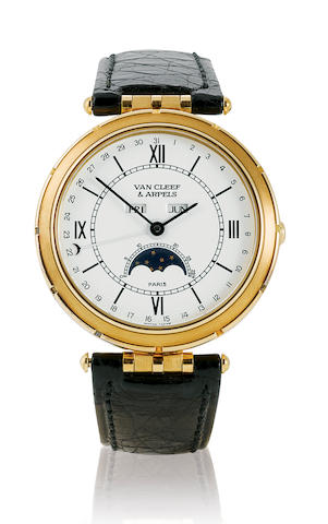 Van Cleef & Appels. A fine 18ct gold quartz wristwatch with calendar and moon phase Case No. 111023, Ref : 93510, Circa 1990's