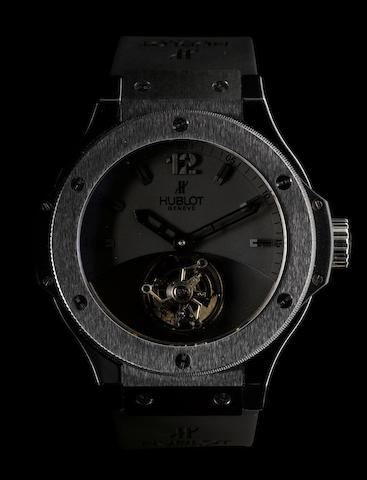 Hublot. A very fine and rare ceramic limited edition manual wind wristwatch with tourbillon Tourbillon Solo Bang Black Ceramic, Case No. 44/50, Ref: 305, 2008