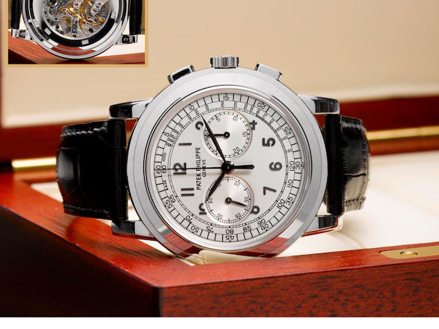 Patek Philippe. A very fine and rare 18ct white gold chronograph wristwatch Ref: 5070G, Case No. 4310196, Circa 2006