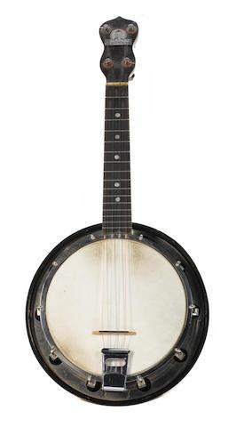 George Formby's Dallas 'C' banjolele,