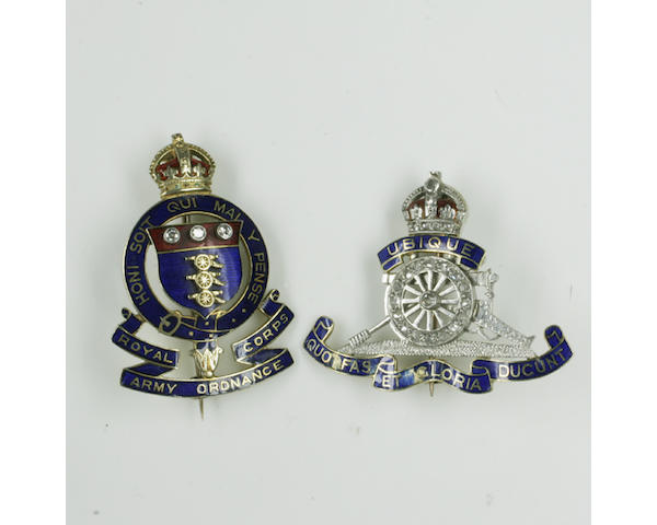 A Royal Artillery Regiment Brooch (2)