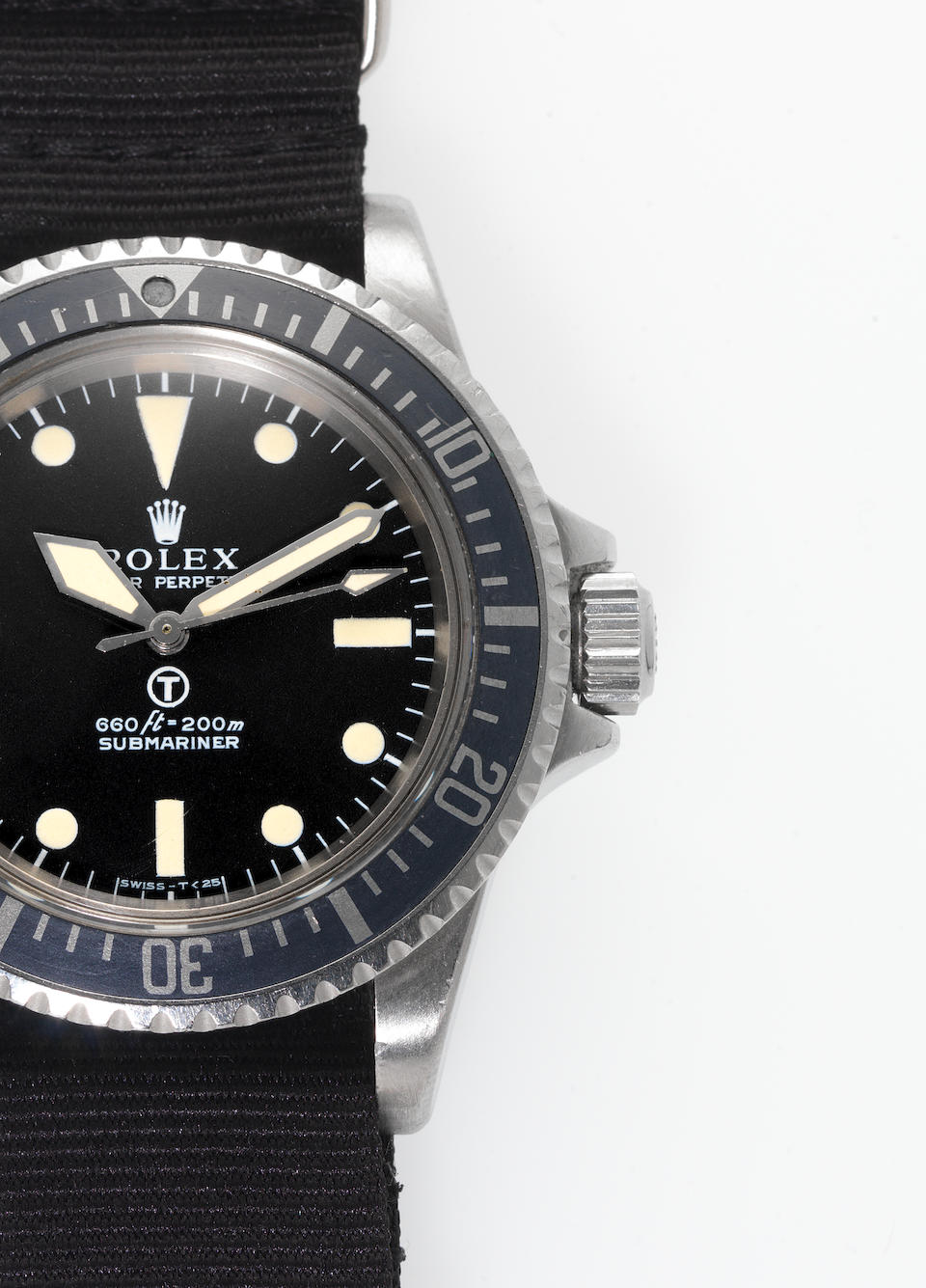 Rolex. A rare stainless steel automatic centre seconds Royal Navy Military Issue divers watch  Subma