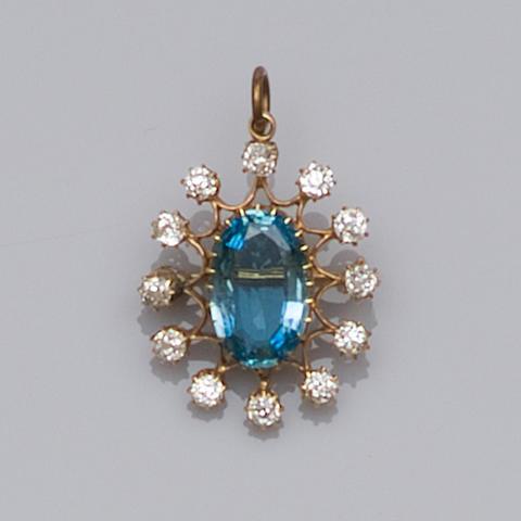 An aquamarine and diamond brooch/pendant