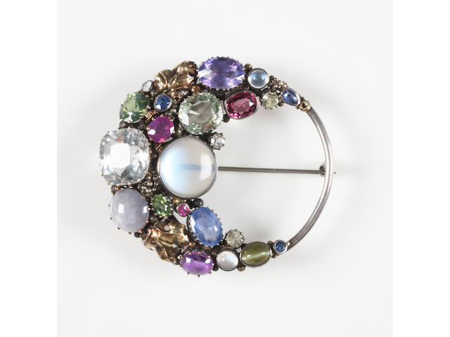 A Dorrie Nossiter gem-set brooch Unmarked,